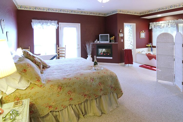 Happily Ever After Guest Room - Fireplace View